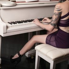 Prostitute-Musician