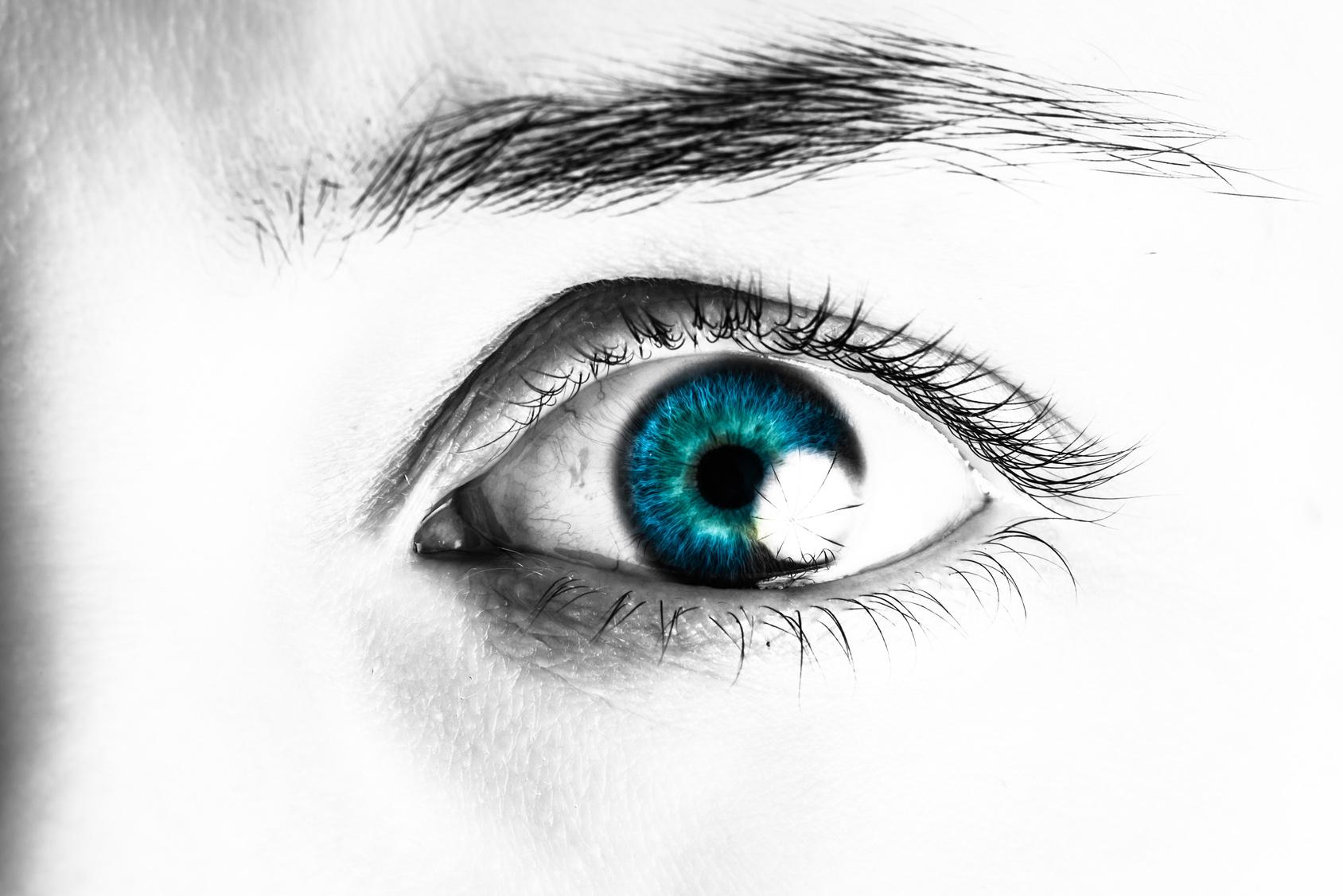 Naughty Peeping Tom Makes a Voyeur Video