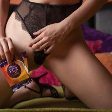 Sexy-Condom-Girl
